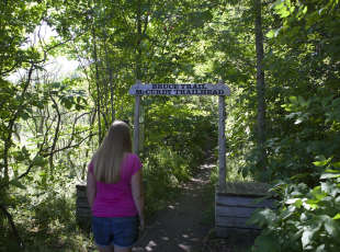 McCurdy Trailhead in Lion's Head